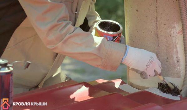 Процесс нанесения герметика