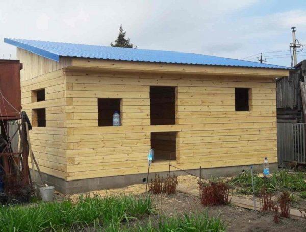Строительство бани с односкатной крышей