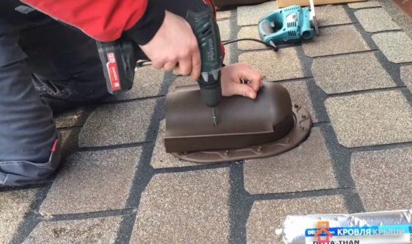 После крепления крышки монтаж можно считать завершенным