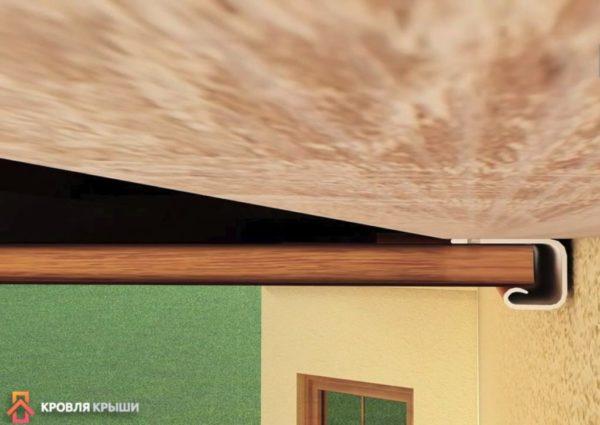 При установке софитов важно оставлять небольшой зазор
