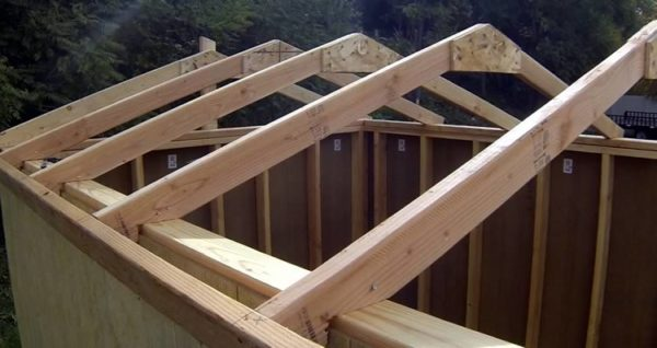 Строительство крыши хозпостройки