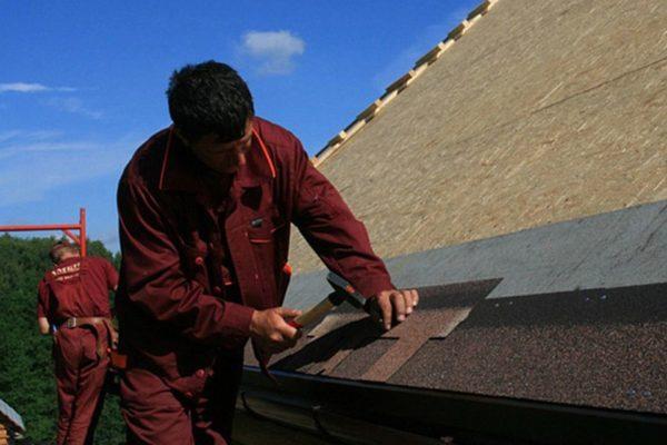 Монтажные работы лучше выполнять в теплую и сухую погоду