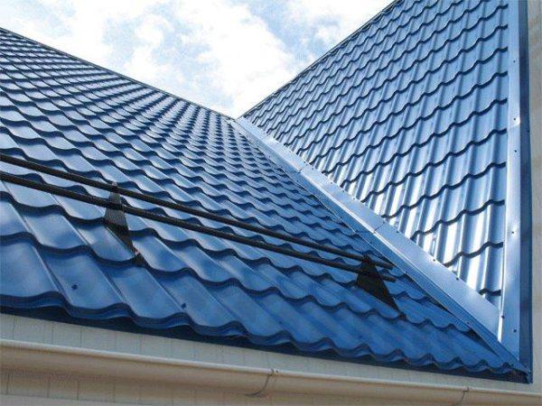 Оттенок и вид крыши должен нравиться владельцу