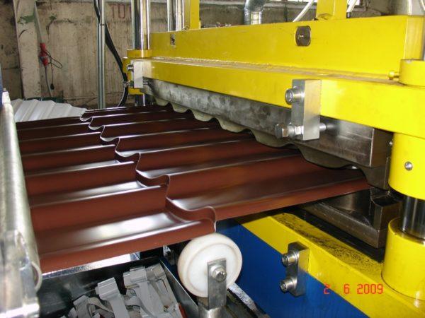 Производство листов металлочерепицы