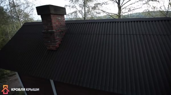 Как выглядит крыша после монтажа конька