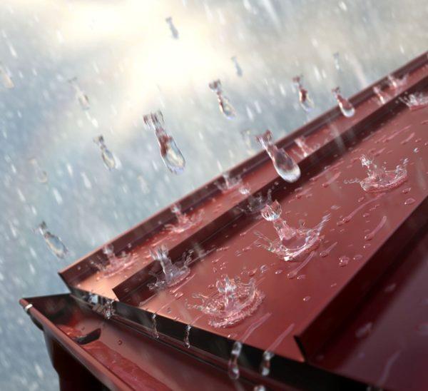 Металлические кровли отличаются повышенной шумностью