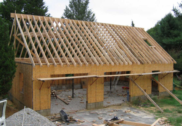 Простая двускатная крыша