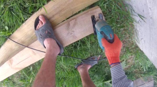 Создание спилов на стропильных ногах