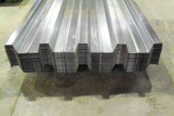 Толщина металлического листа.