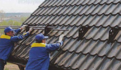 Снегозадержатели на крышу - классификация устройств и 90 фото правильной установки
