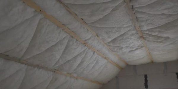 Так выглядит утепленная крыша мансарды