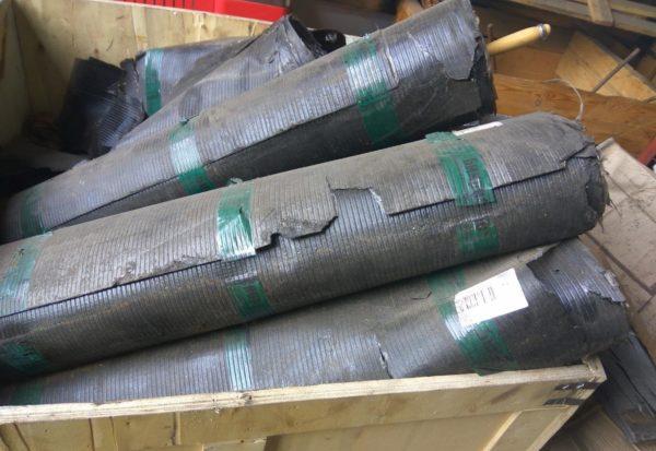 Бикрост ХПП – это материал, применяемый преимущественно в качестве подкладочной гидроизоляции. В его основе находится стеклохолст