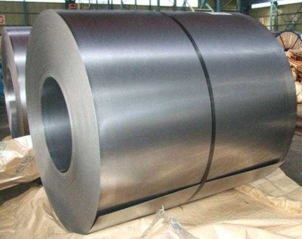 Для изготовления кровельного покрытия используется листовая оцинкованная сталь