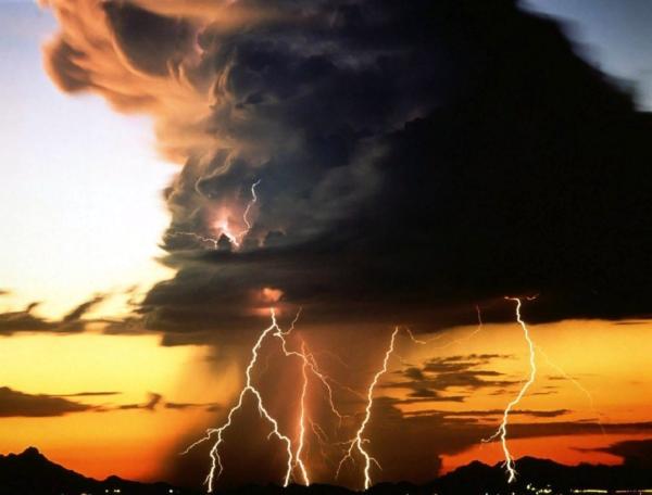 Молния земля-облако