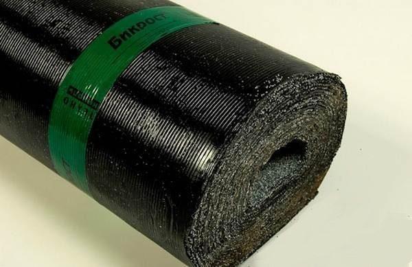 Материал полностью пропитан модифицированным битумом