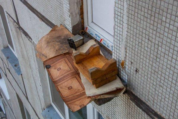 Вот что случается с балконами при неправильной эксплуатации