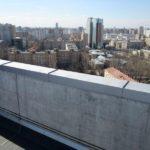 Железобетонное ограждение крыши