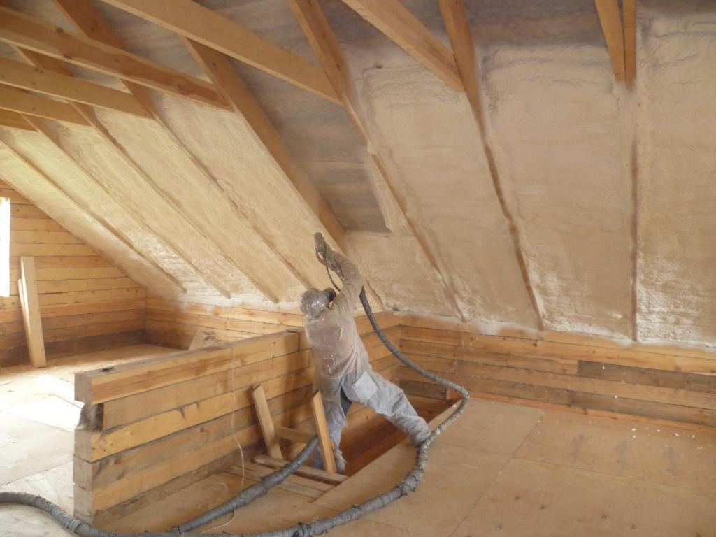 Потолок деревянного дома утеплить своими руками 39